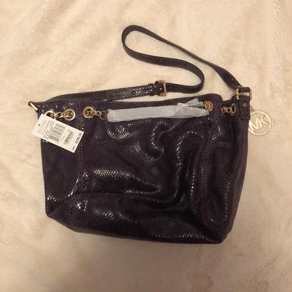 Michael Kors Handbags - NWT Michael Kors bag